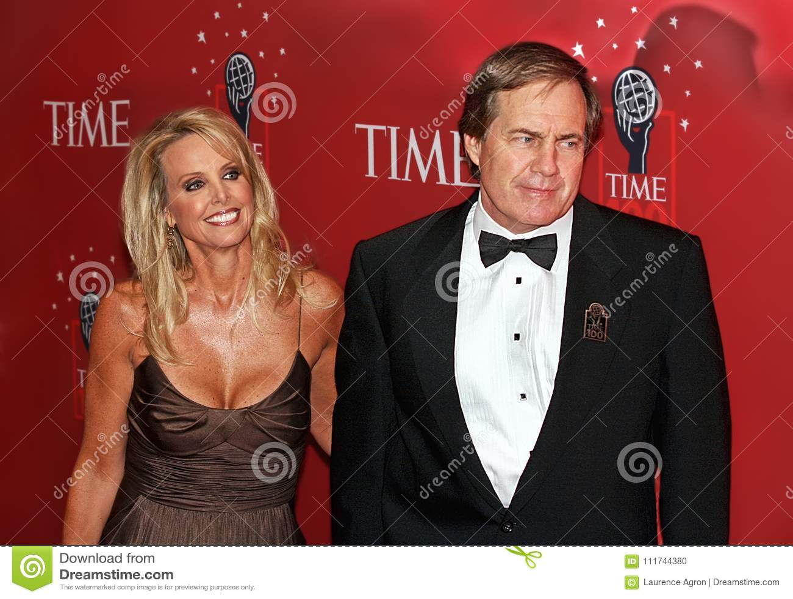 Bill Belichicks decade-long girlfriend is Linda Holliday