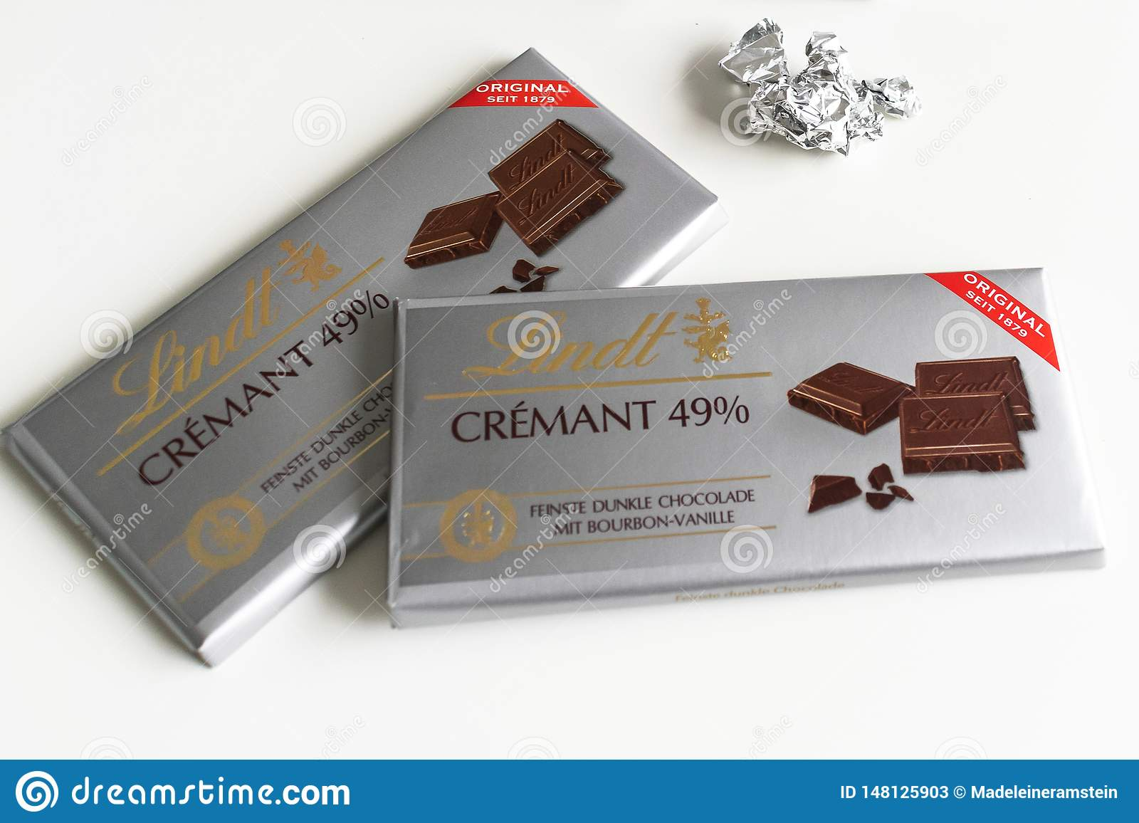 Lindt Chocolate Bar Crémant 49 Excellence 85 Cacao