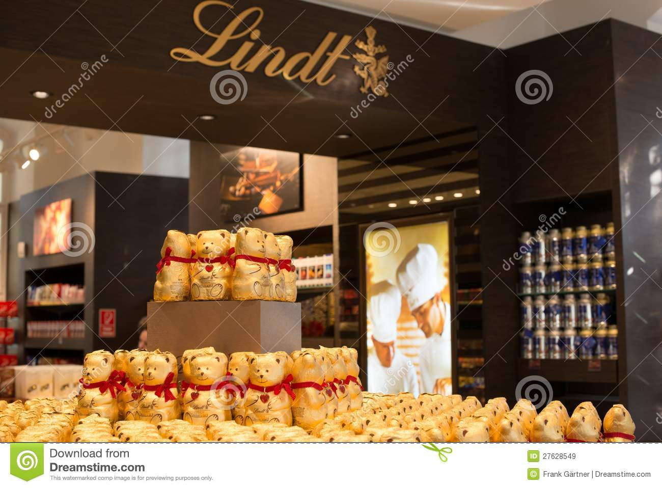 Lindt Chocolate Boutique In Vienna, Austria Editorial Stock Image ...