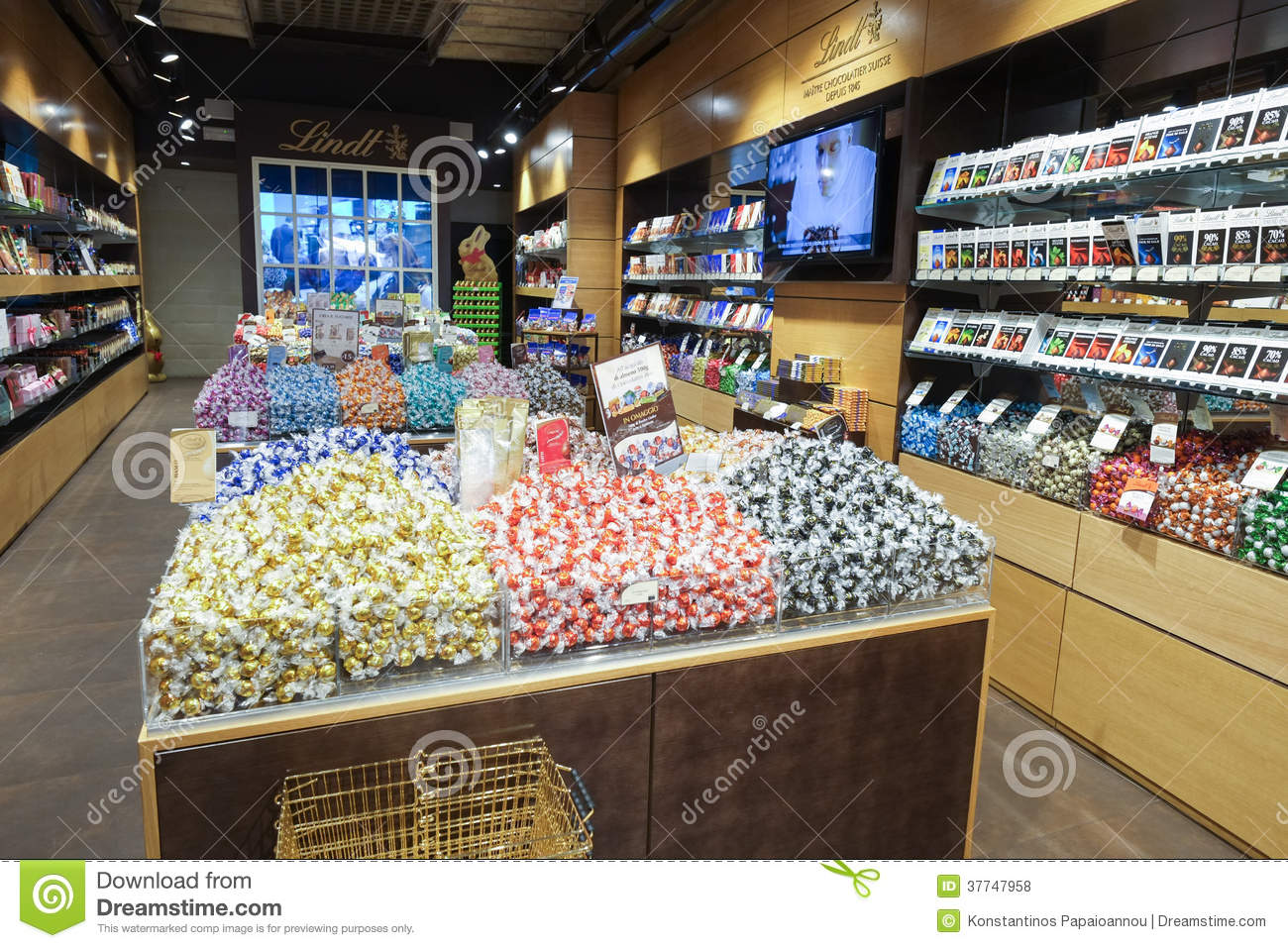 Lindt Chocolate And Sweet Shop Editorial Stock Photo