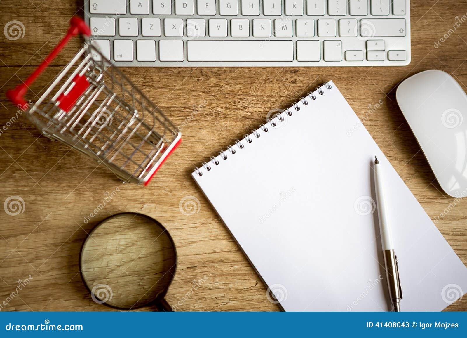 On line einkaufen h lzerner schreibtisch oben mit for Schreibtisch von oben