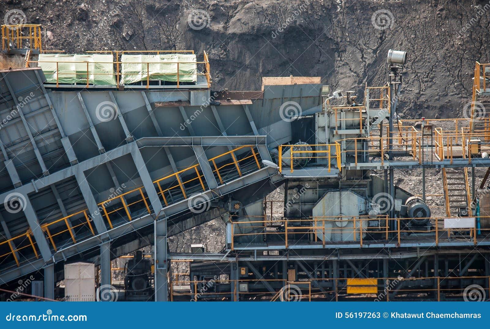 Linea elaborare del trasporto di carbone