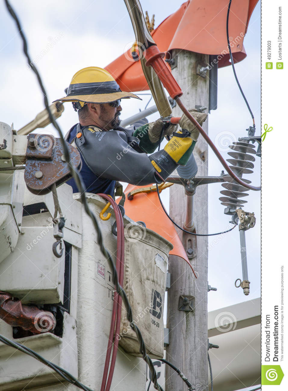 Plainfield (IN) United States  City pictures : Lineman Repairs Electricity Distribution Lines Editorial Stock Photo ...