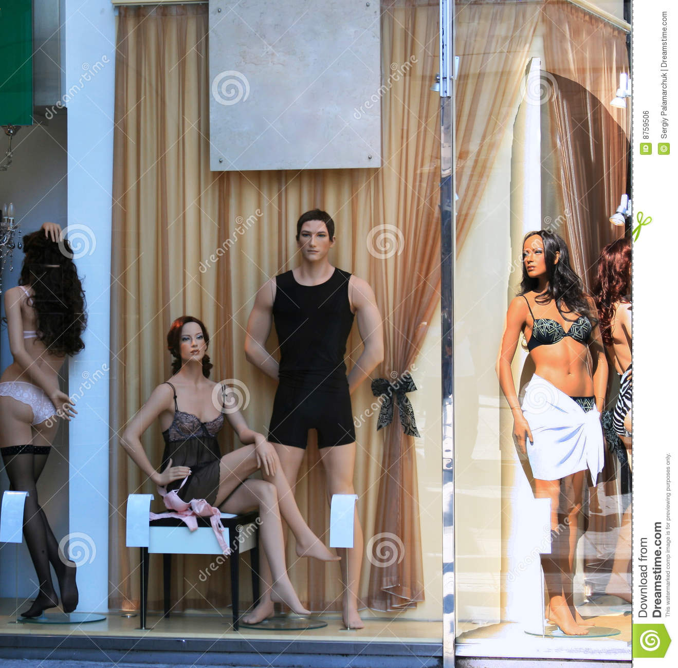Lingerie Shop Window Royalty Free Stock Image