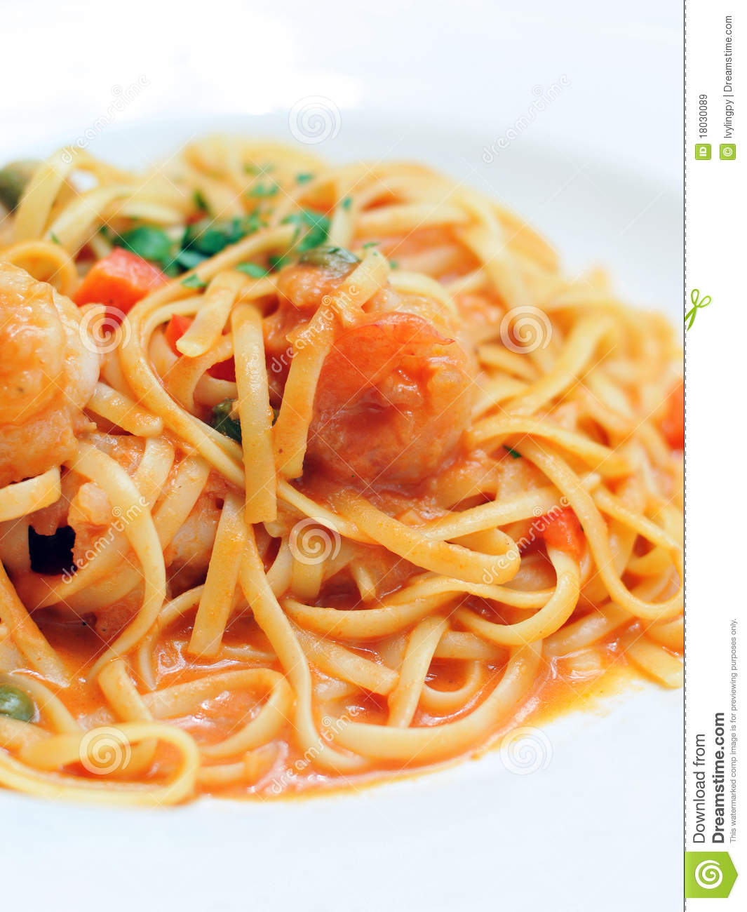 Linguine With Shrimp Royalty Free Stock Images - Image: 18030089
