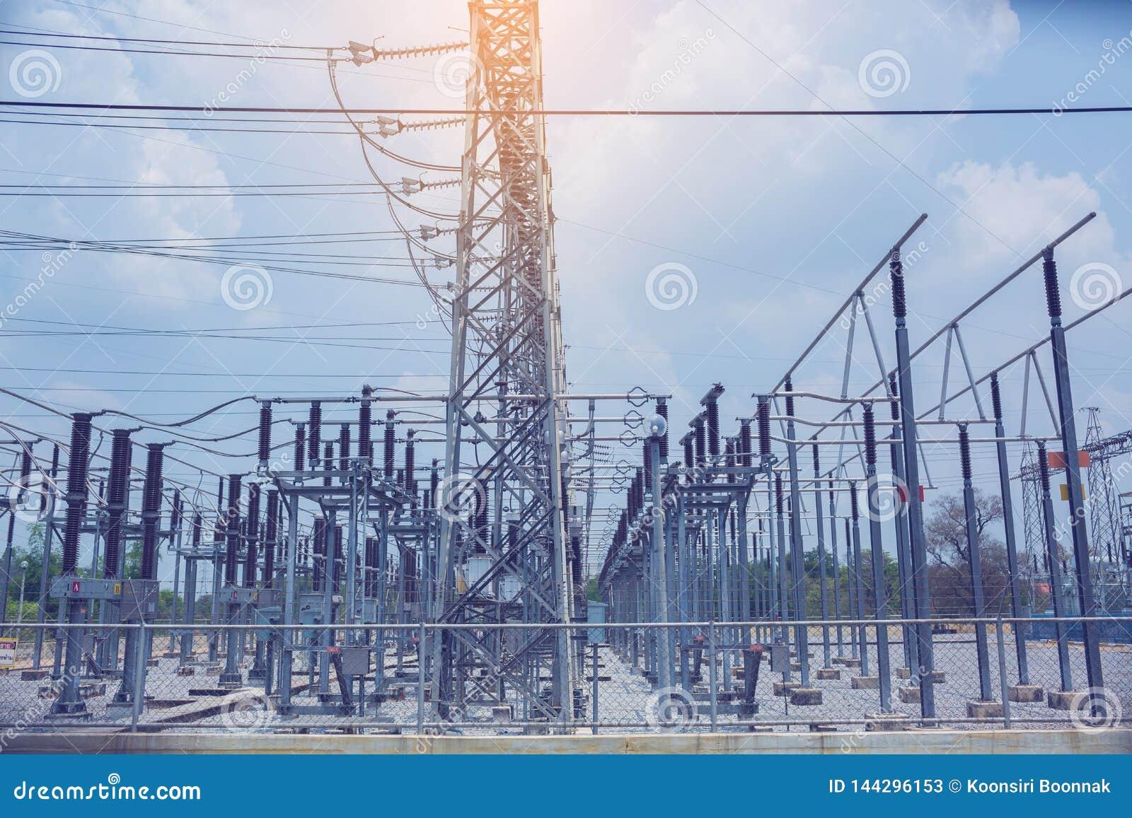 Linhas de transmissão de energia elétricas, subestação de alta tensão do transformador de poder