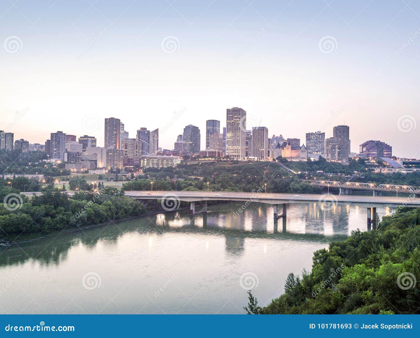 Linia horyzontu Edmonton śródmieście, Alberta, Kanada
