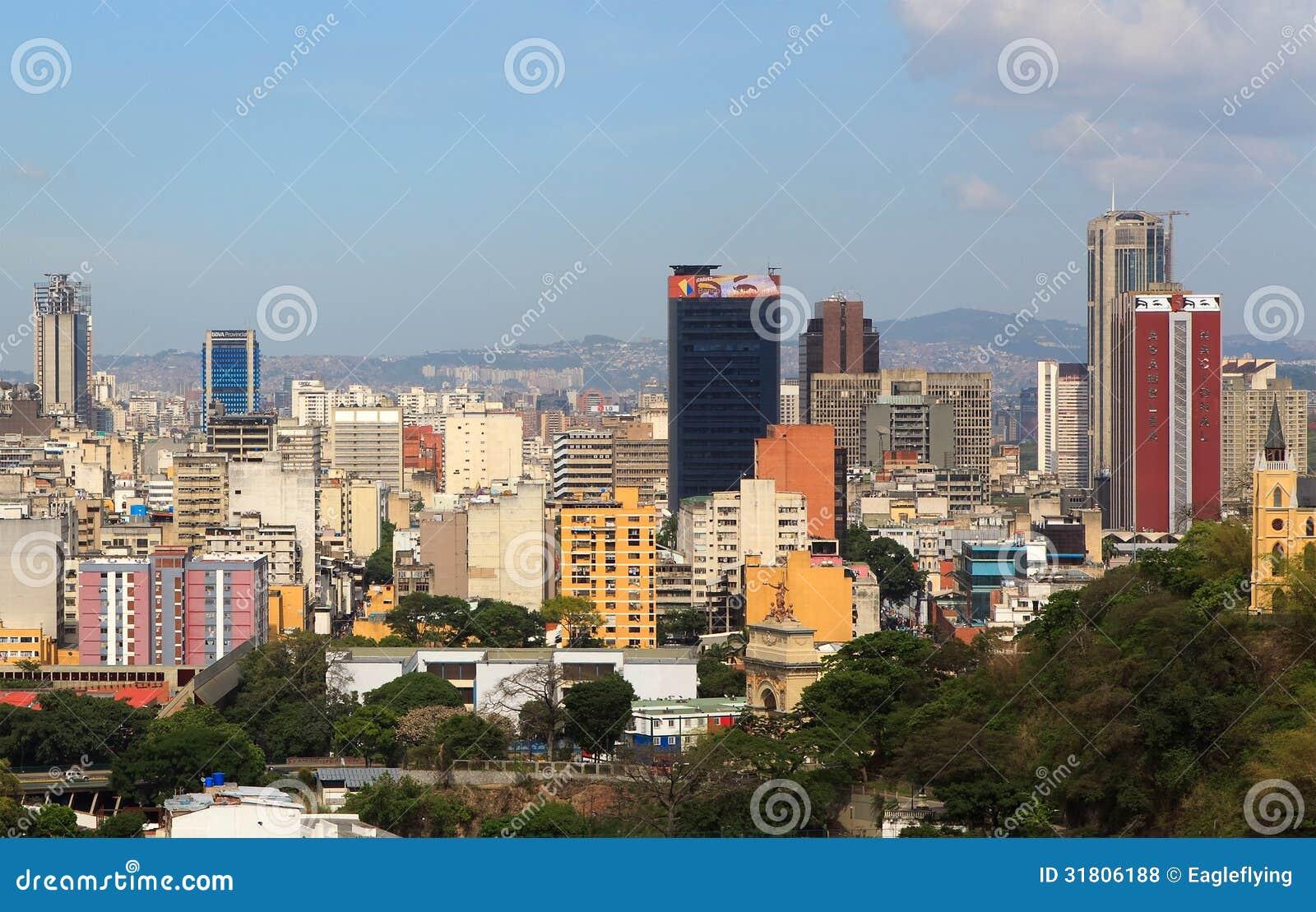 : Linia horyzontu w centrum Caracas, Wenezuela -