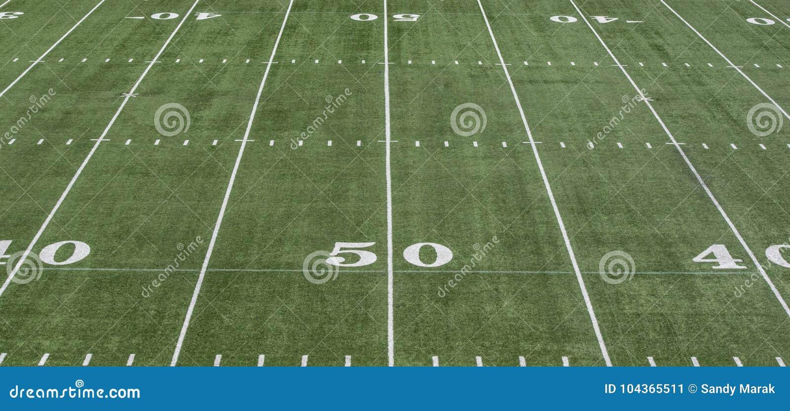 Linje för gård 50 på grönt fotbollfält