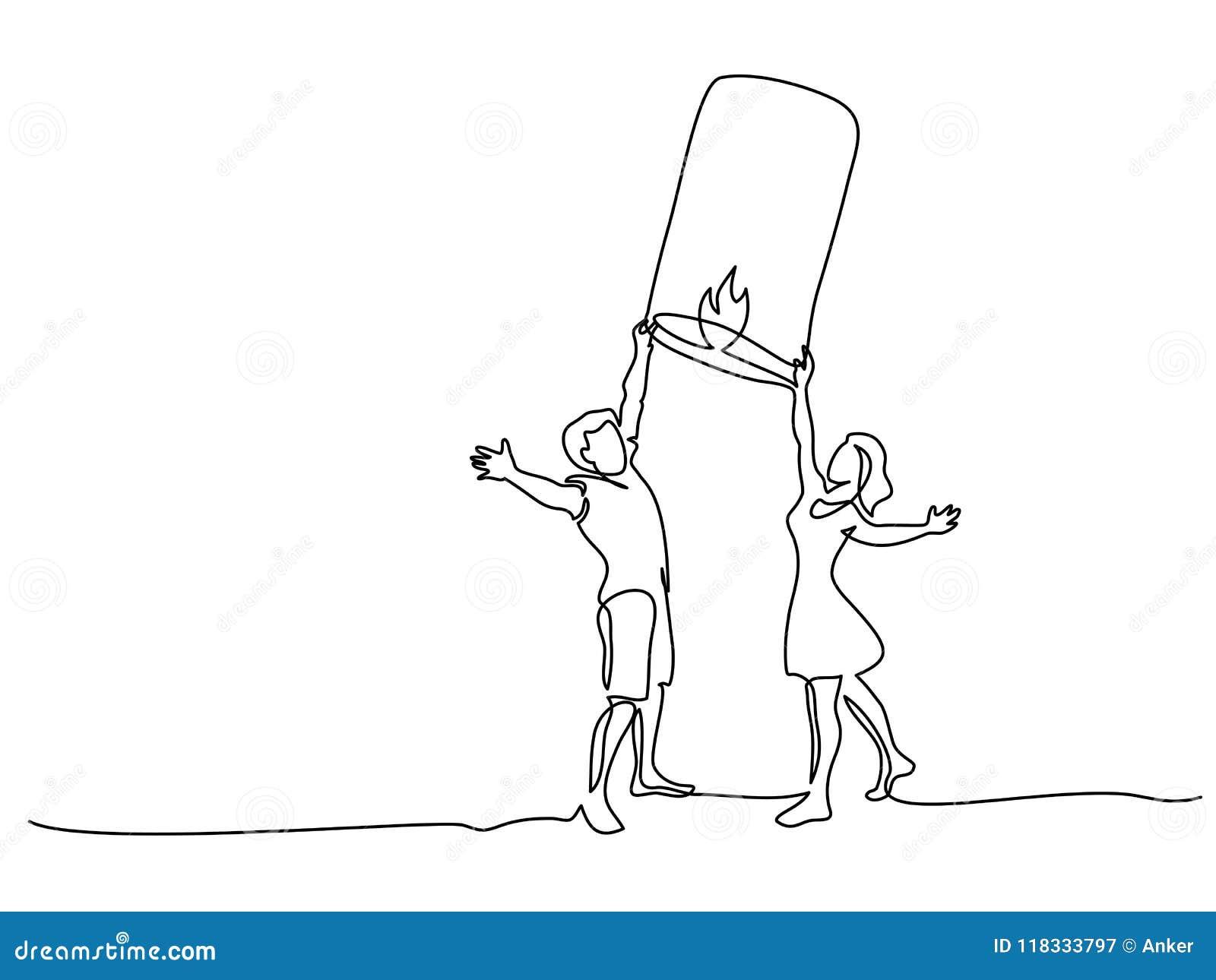 Linterna de papel de lanzamiento del cielo de los pares jovenes felices