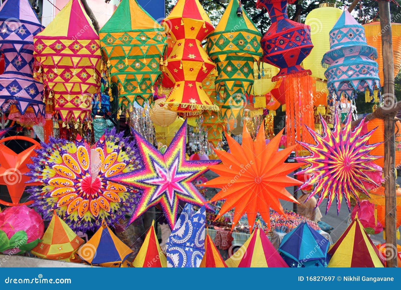 Linternas coloridas de Diwali