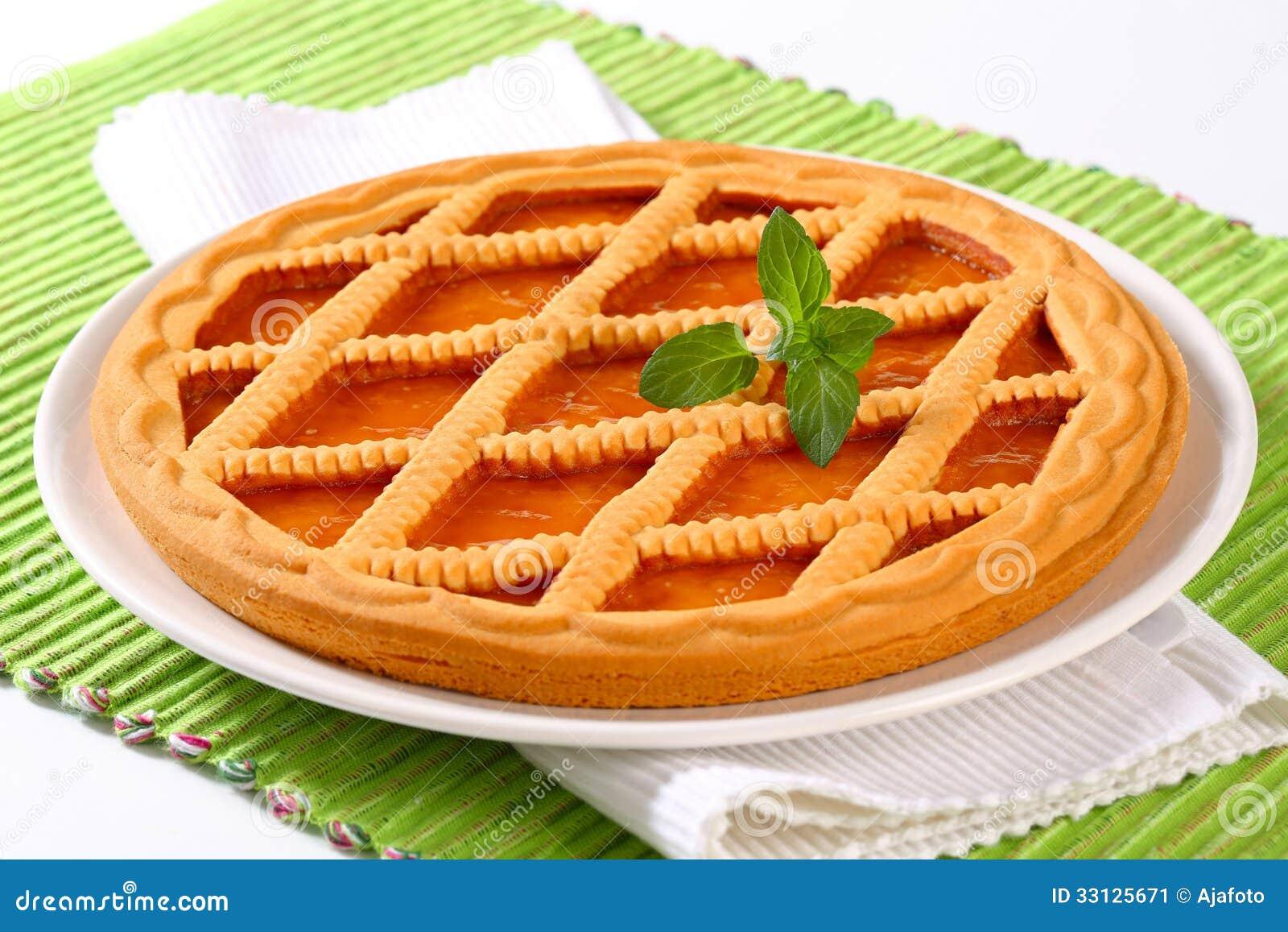 Linzer apricot tart
