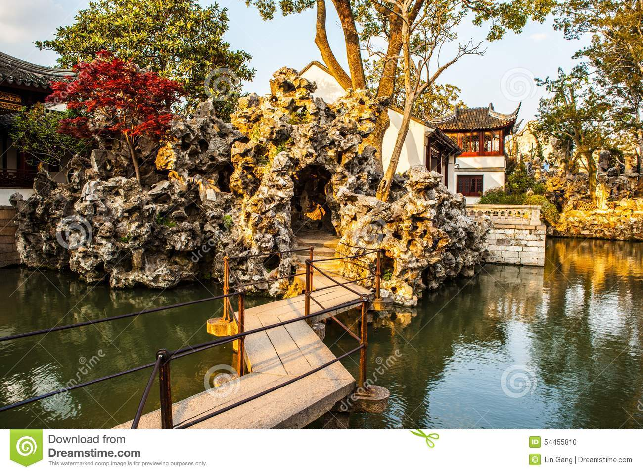 Lion Forest Garden-Taihu Rockery In The Sunset Stock Photo - Image ...