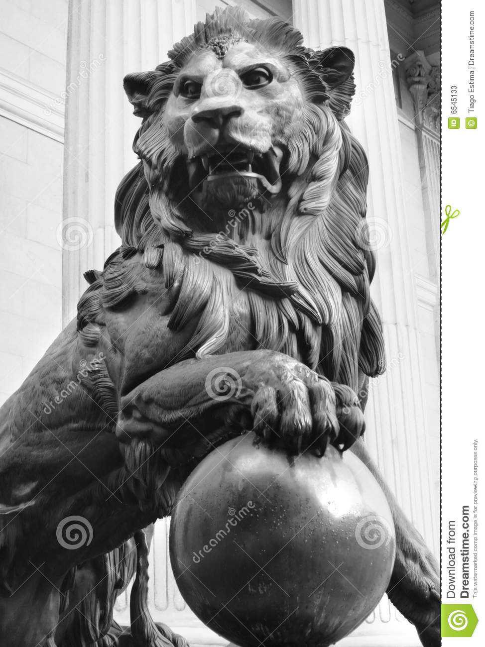 Lion Statue Stock Image Image Of Madrid Spain Stone