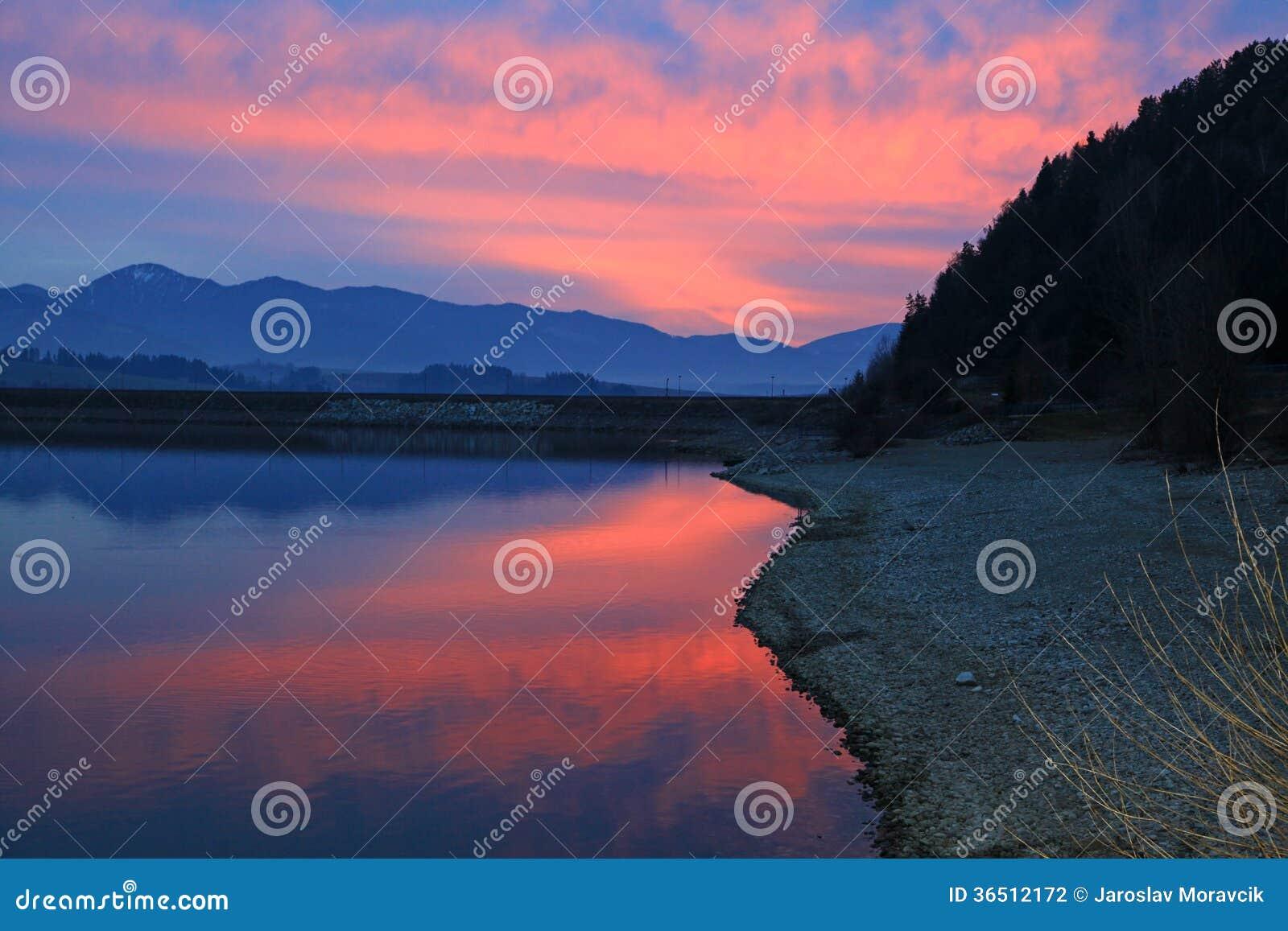 Liptovska Mara - le bassin dans la région Liptov, Slovaquie
