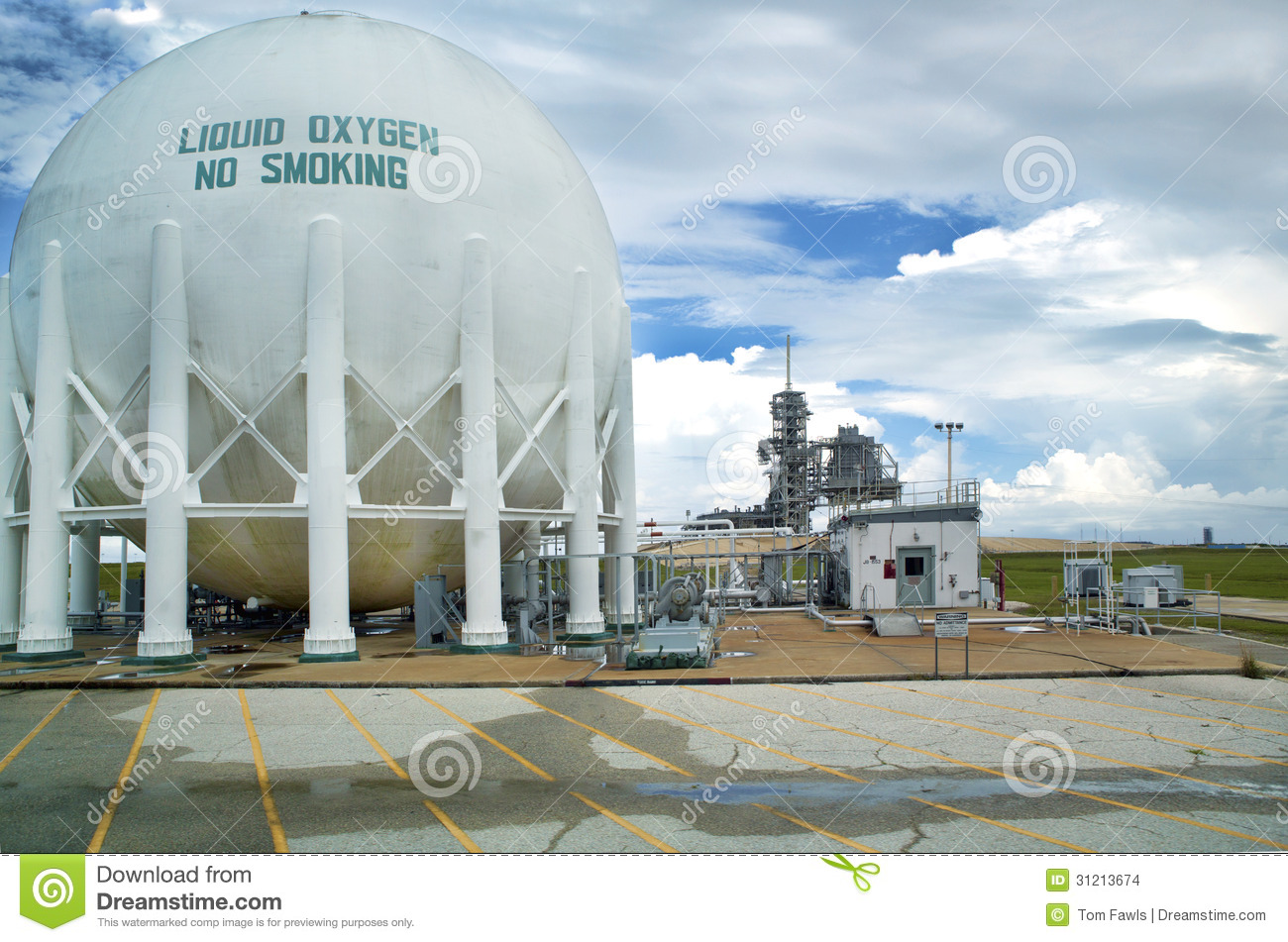Liquid Oxygen Storage Tank Editorial Stock Image Image