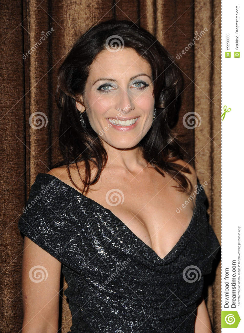 lisa edelstein yoga