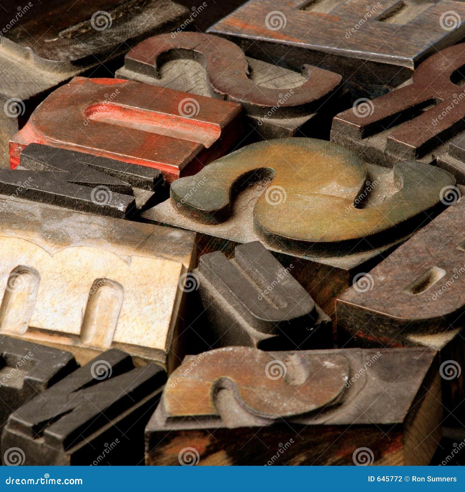List starego typu drewna