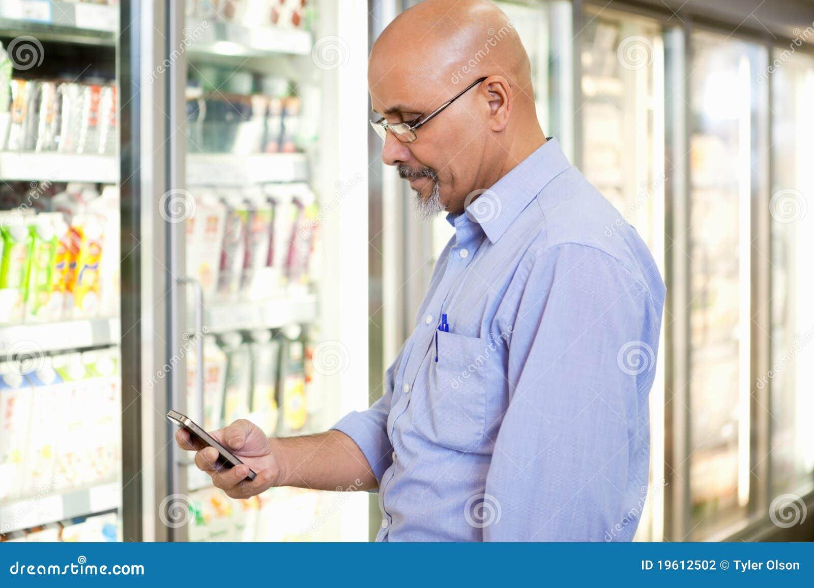 Lista de la tienda de comestibles del teléfono celular