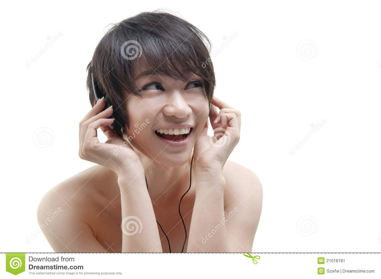 essays listening music Essay 13 my favorite music there are many kinds of music, such as pop music, r&b,  i enjoy listening to piano music.
