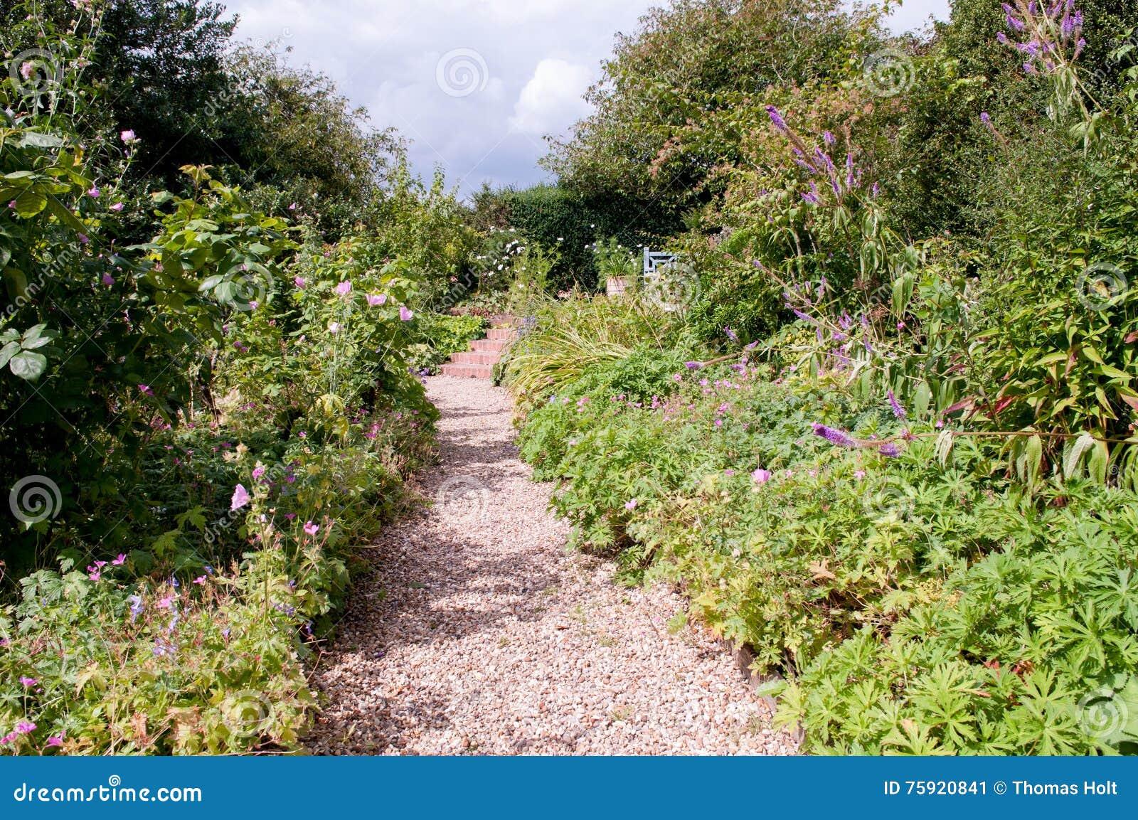 Lit de fleur de jardin formel
