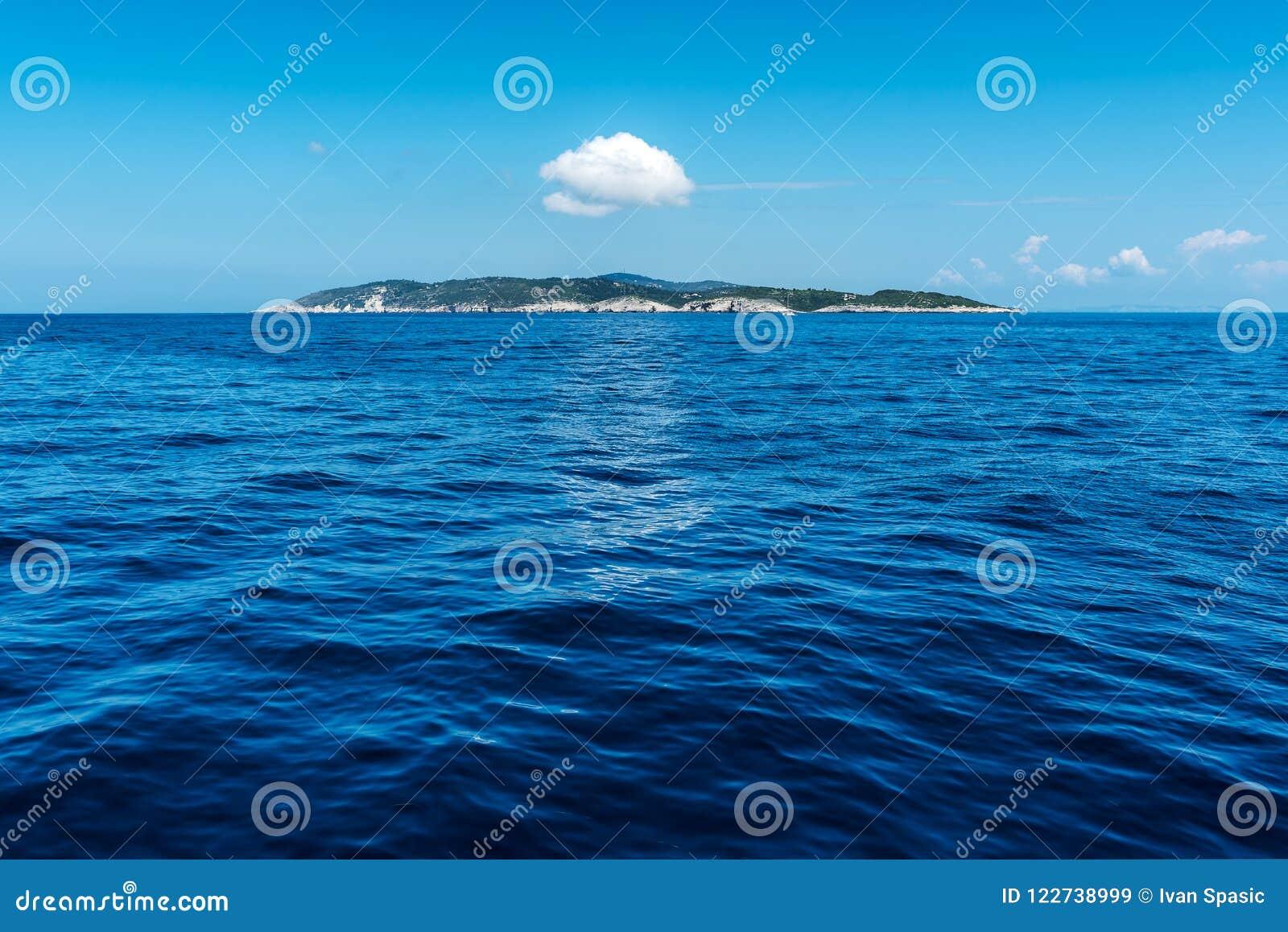 Liten ö i det Ionian havet