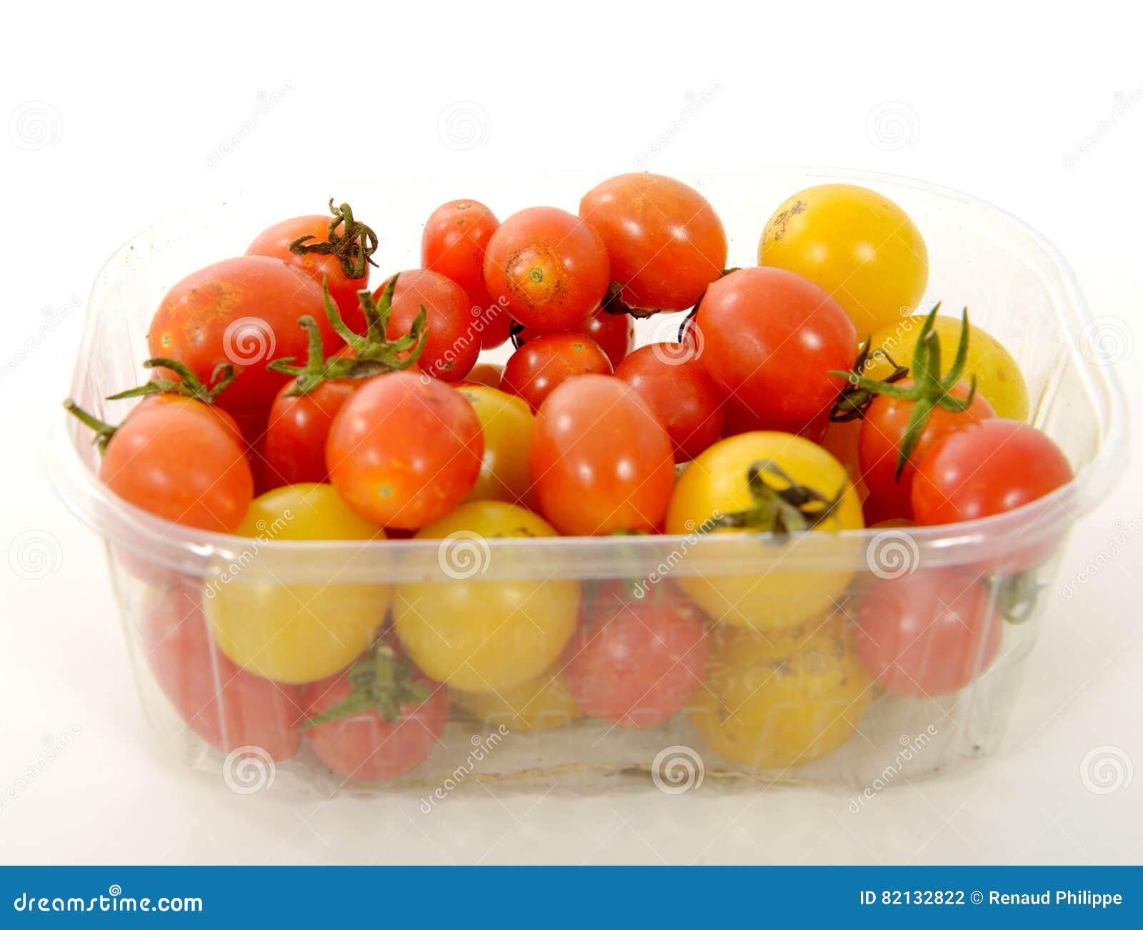 Liten Ask Med Röda Och Gula Tomater Arkivfoto - Bild av tomat ... be24066b0d61e