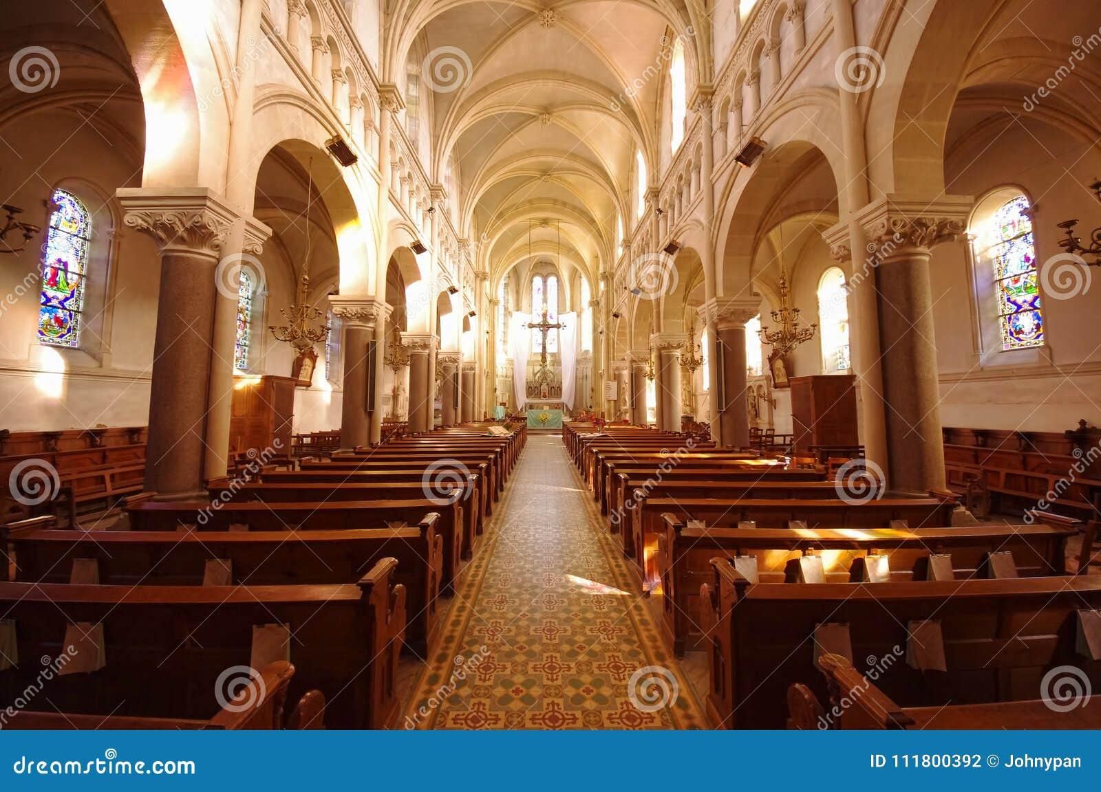 Liten katolsk kyrka
