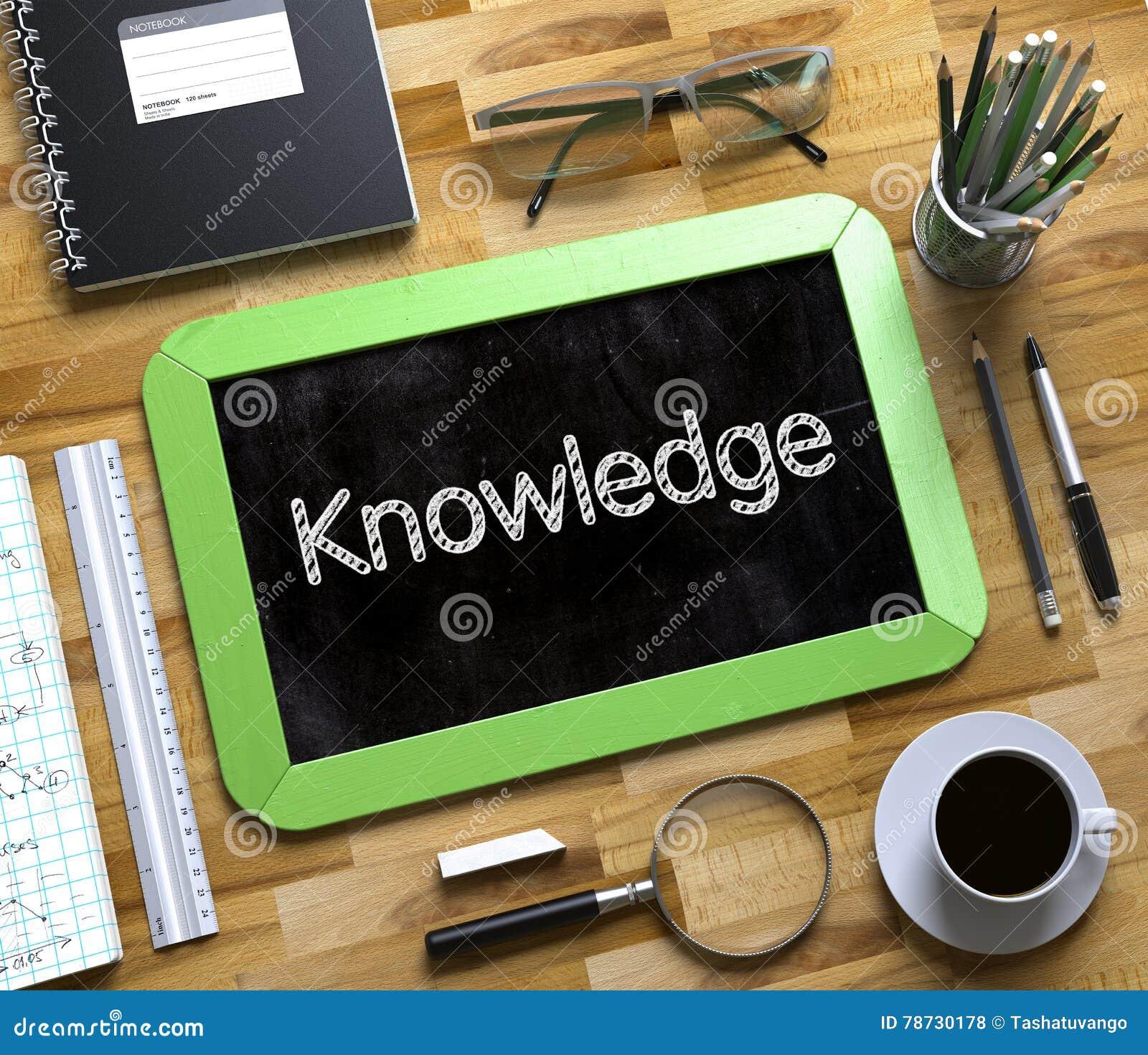 Liten svart tavla med kunskapsbegrepp 3d