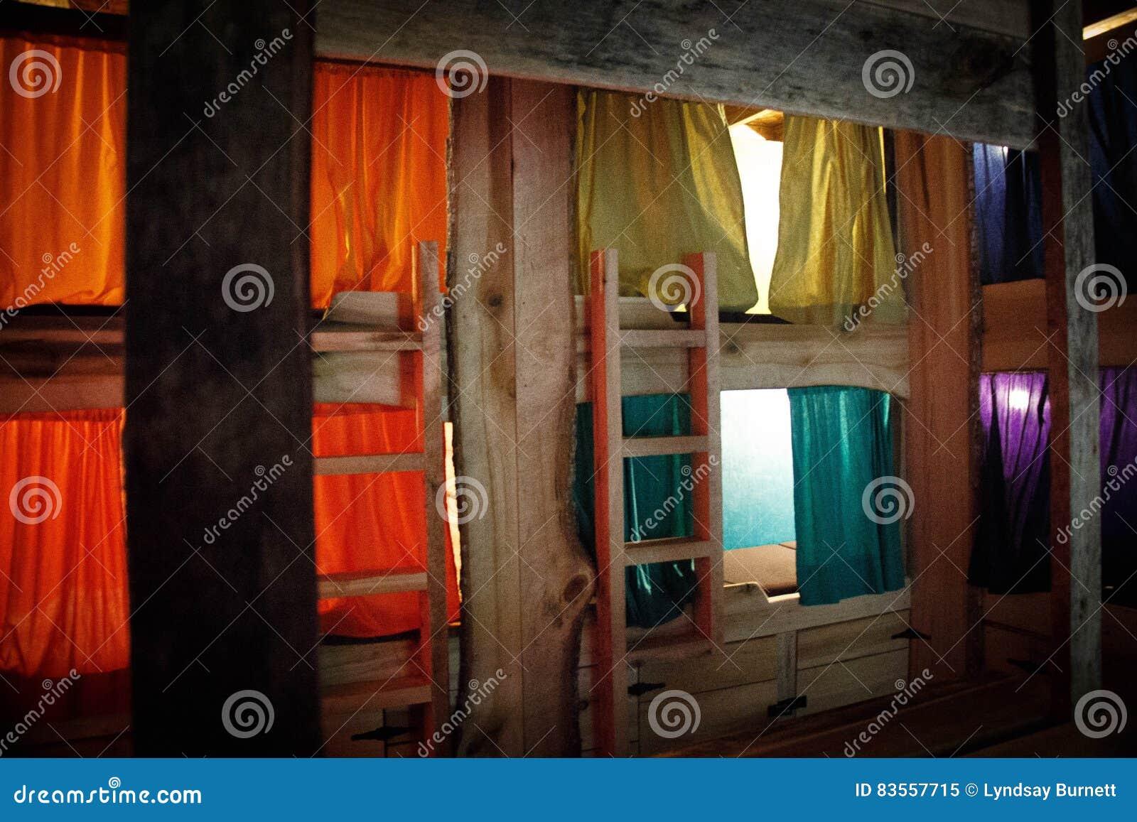 Lits Superposes Rustiques Colores Image Stock Image Du Royal