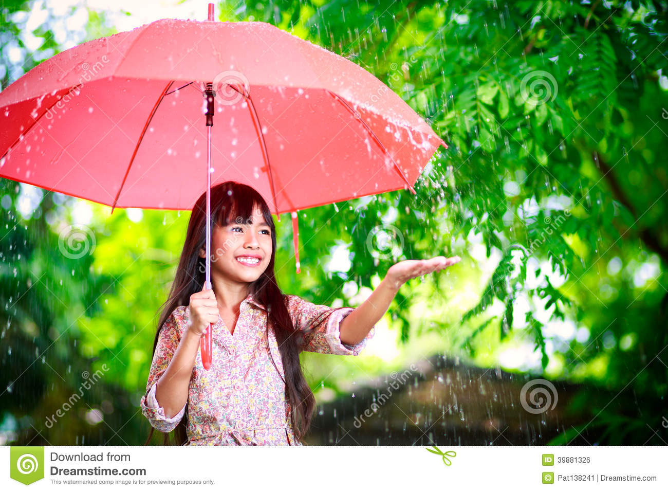 Little Asian Girl With Umbrella Stock Photo - Image: 39881326