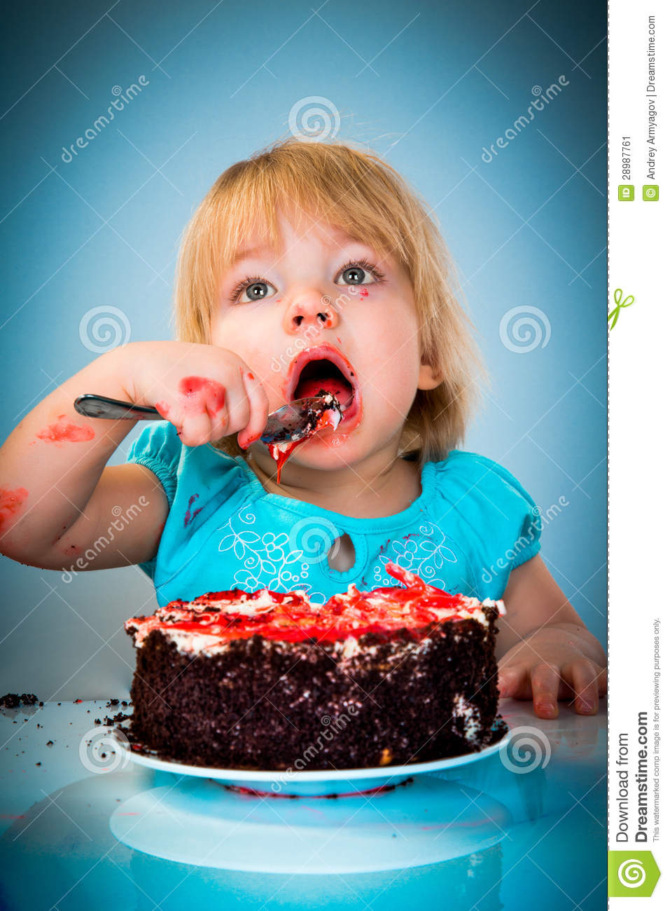 Little Baby Girl Eating Cake Stock Image - Image: 28987761