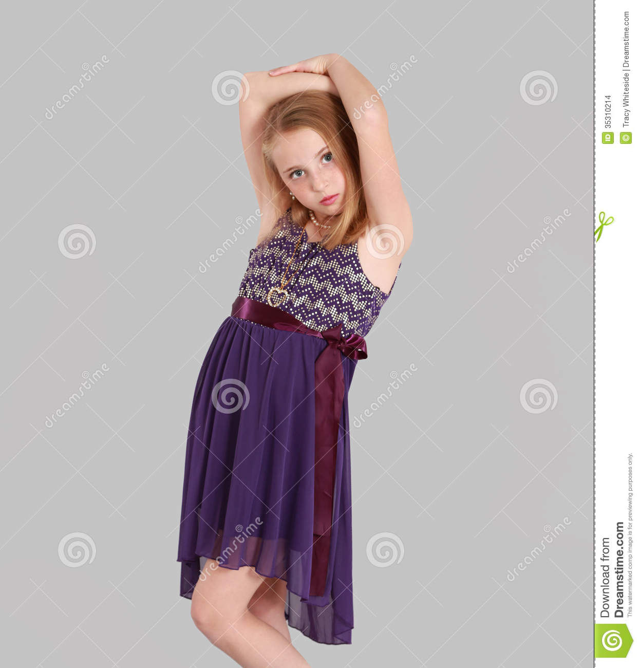 Young Girls Party Dresses 121