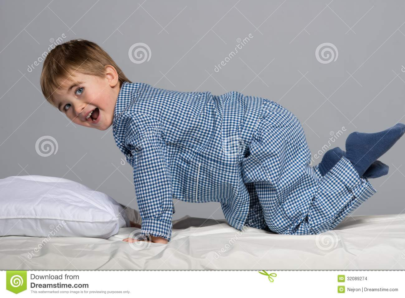 Little Boy In Bed Stock Images Image 32089274