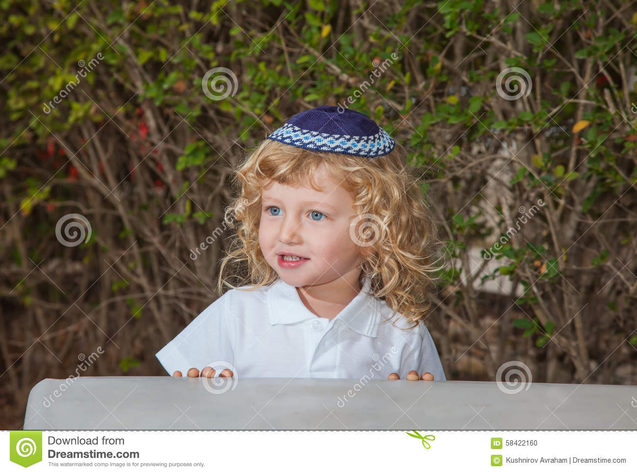 blue eye jewish personals I have never been married and have no kids i have baby blue eyes, strawberry  j-jewish b-black h  all information provided to tri-state singles will.