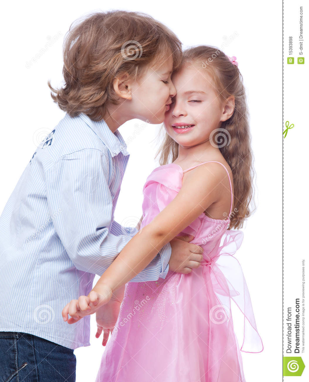Small Girl Love Wallpaper : Little Boy And Girl Love Hd Wallpaper Wallpaper Images