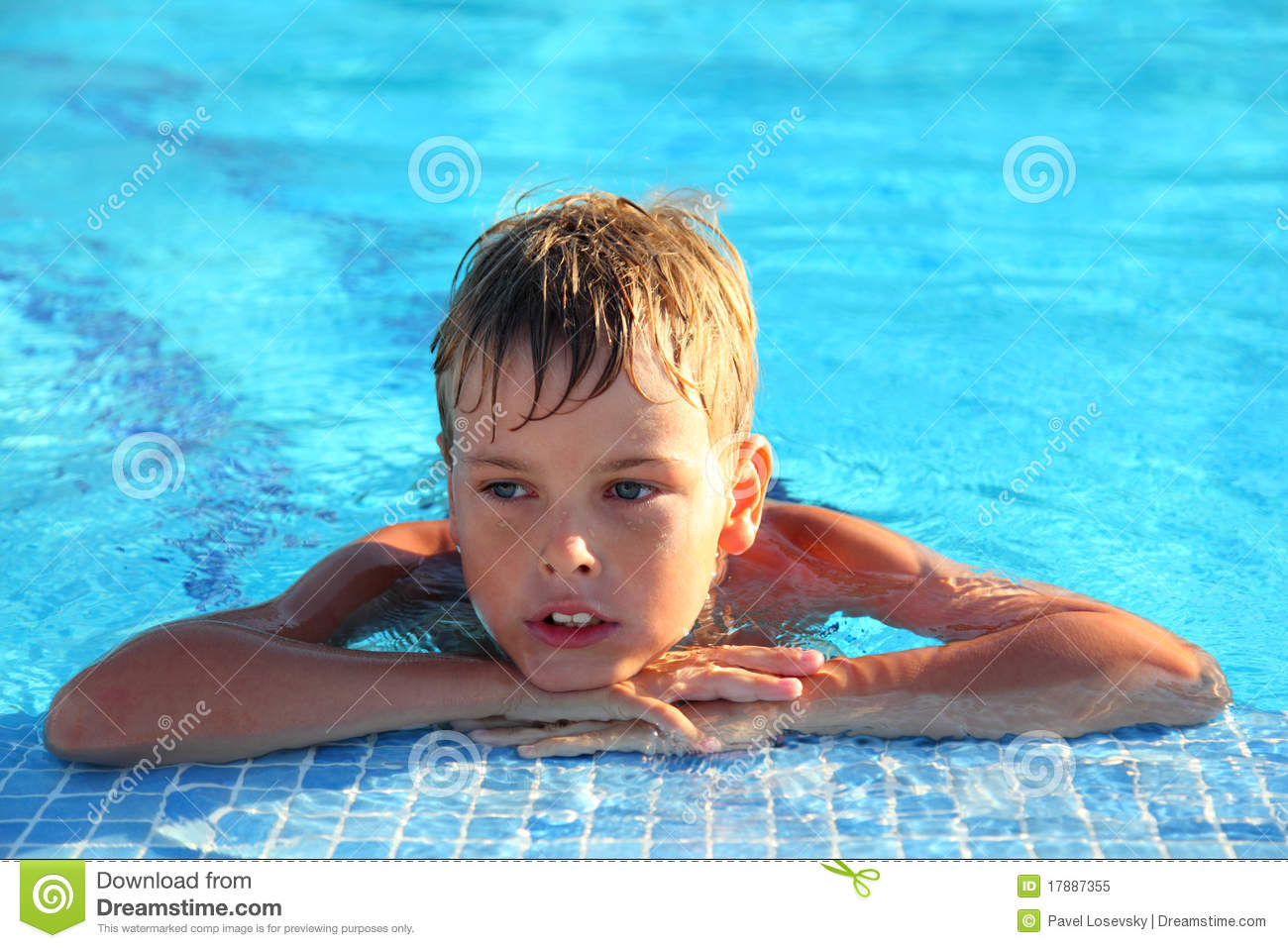 little boy pool nue