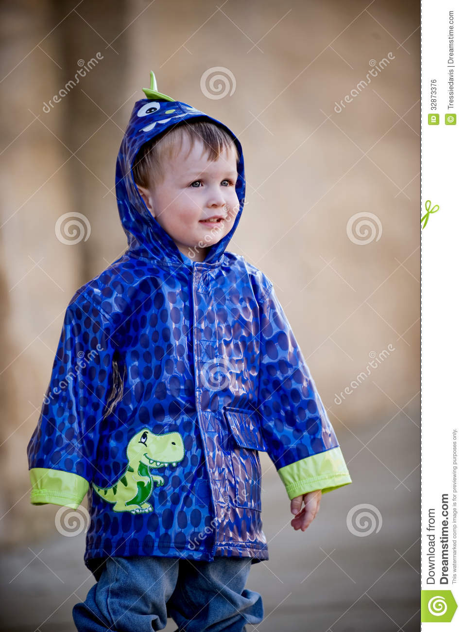 Stay Dry & Comfortable With Boys' Rain Jackets & Coats. Beat the wind and the rain with boys' raincoats from DICK'S Sporting Goods. Don't let your little guy get soggy and grumpy.