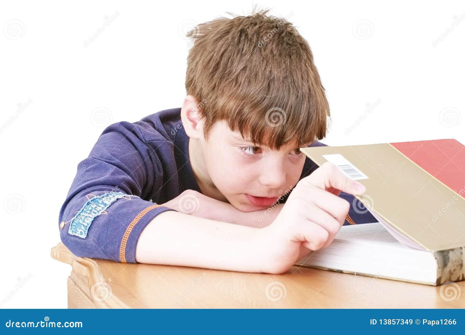 The little boy read a book