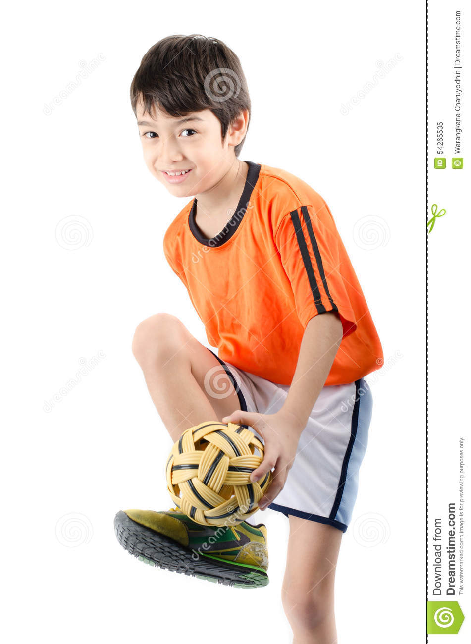 How to Make a Sepak Takraw Ball Ornament from a Plastic Bottle How to Make a Sepak Takraw Ball Ornament from a Plastic Bottle new pics