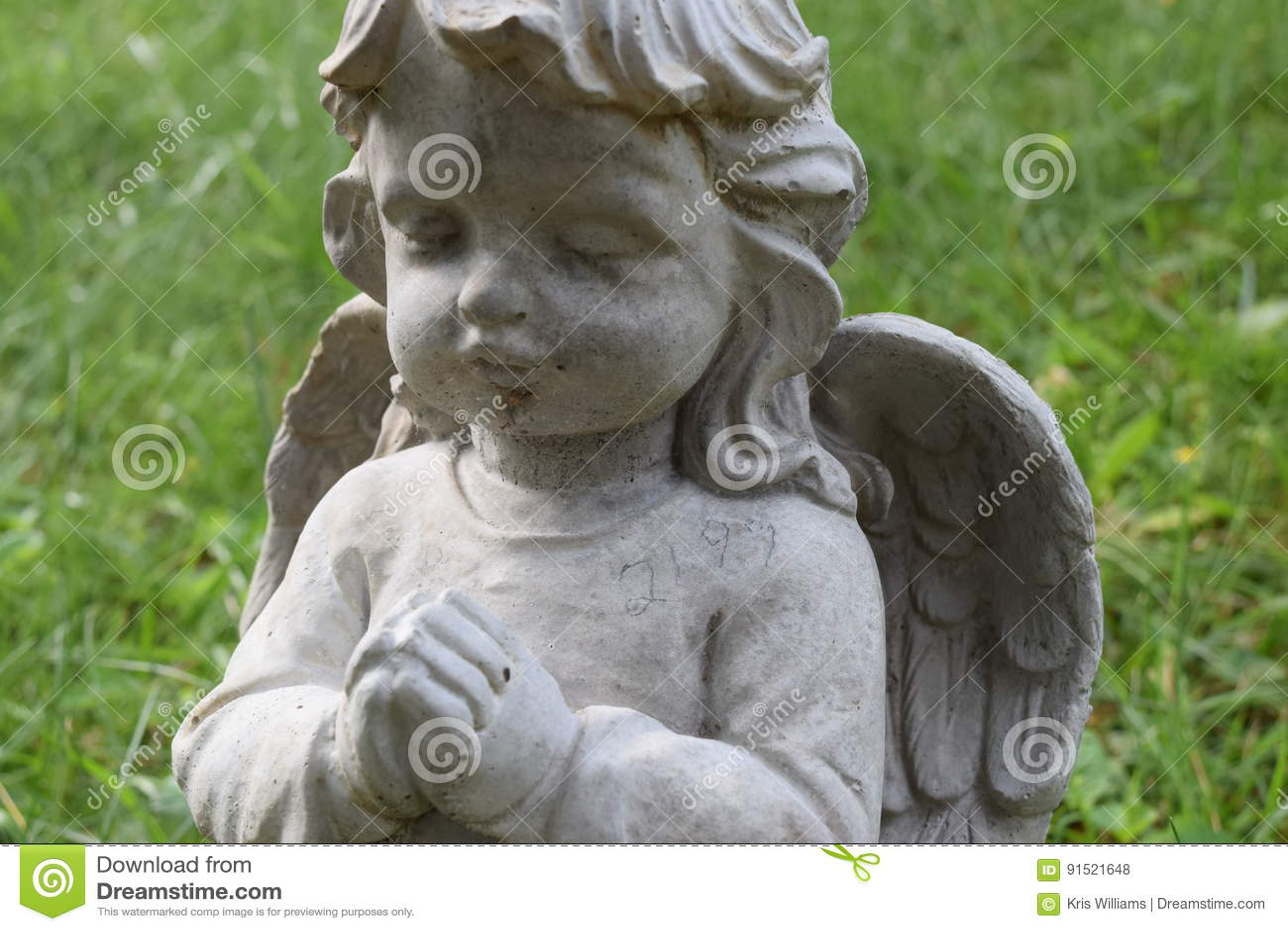 Little child Angel praying
