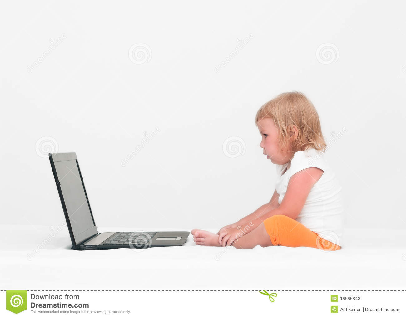 computer and small children However, some unique aspects of how children use computers may make them more susceptible than adults to the development of these problems in this study, the a small amount of effort for precautions can help to reinforce the appropriate viewing habits and assure comfortable and enjoyable computer use go to:.