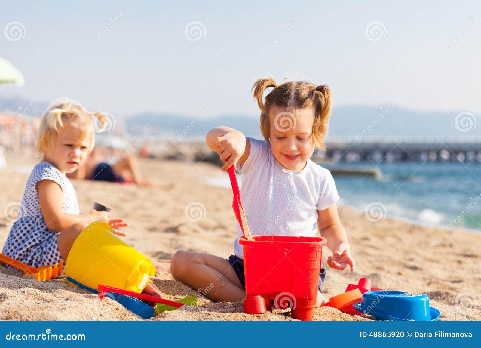 children of the sea Black sabbath - children of the sea (tradução) (música para ouvir e letra da música com legenda em português) oh they say that it's over, yeah / and it just had.