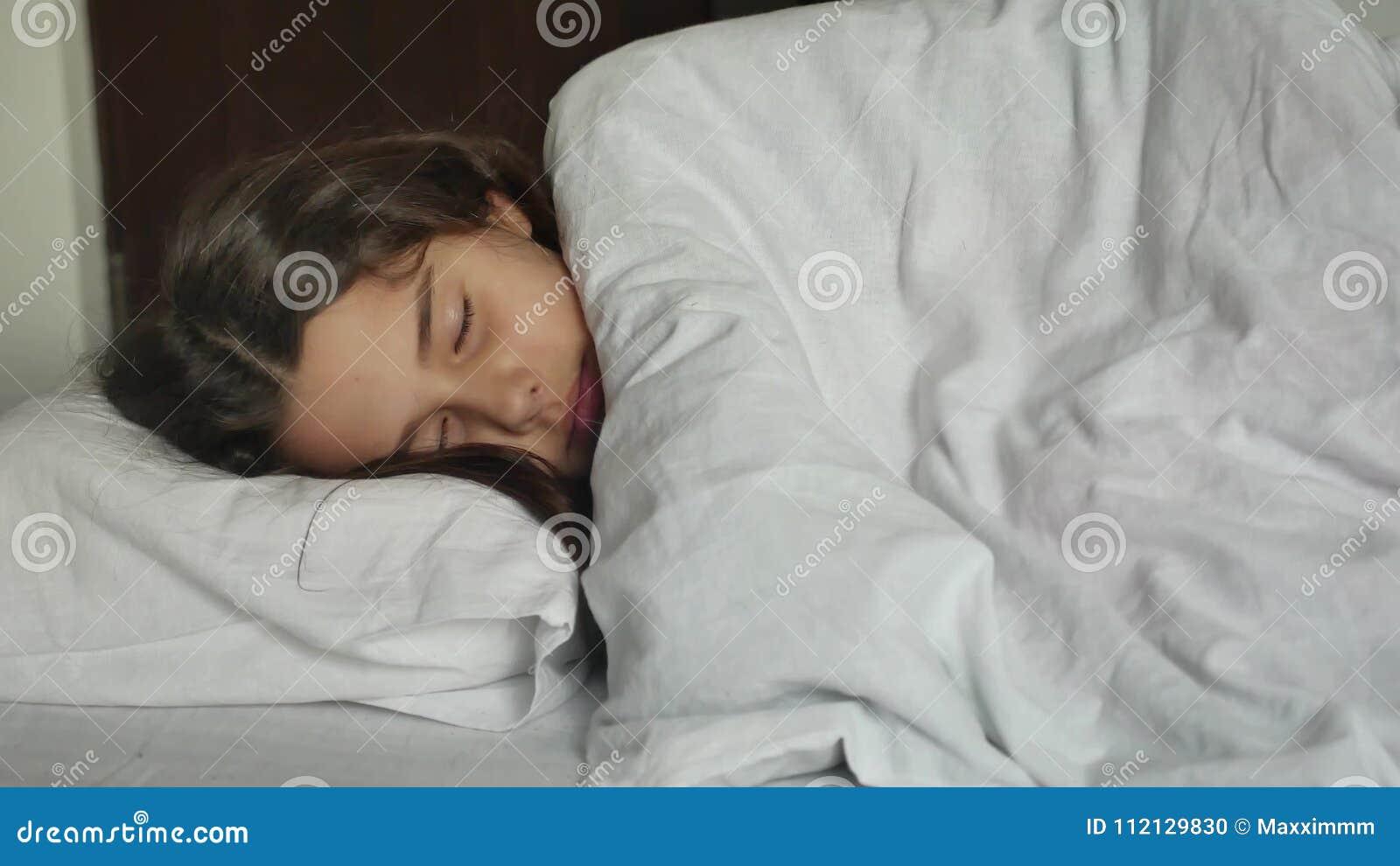 Teen brunette bed