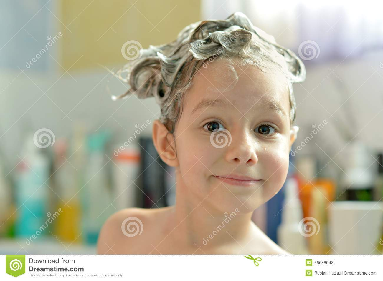 Little girl in bath stock photos image 36688043