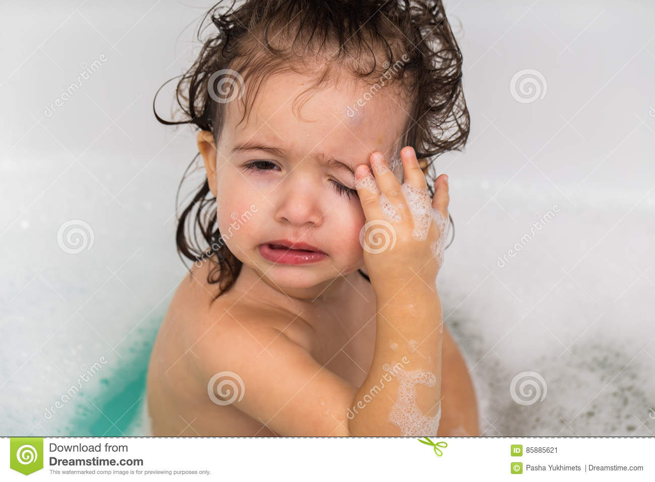 Little Girl Bathes In A Bath Stock Image Image Of Games Bathtub