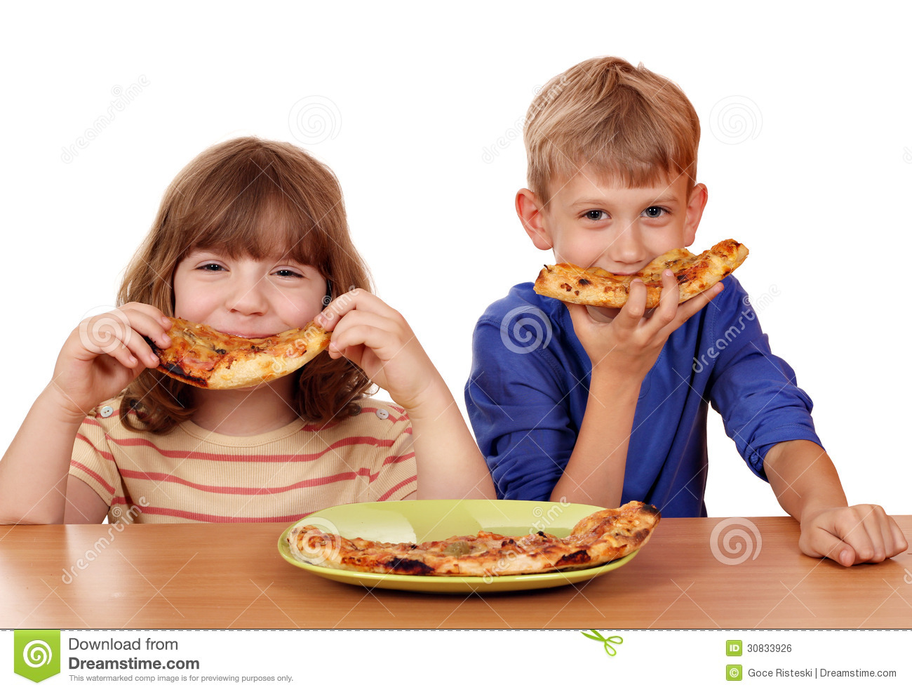 Little girl and boy eat pizza