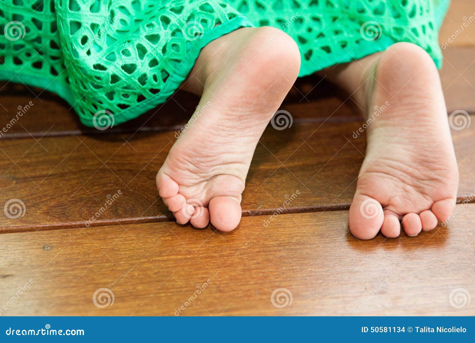 Feet girls dirty Beautiful woman