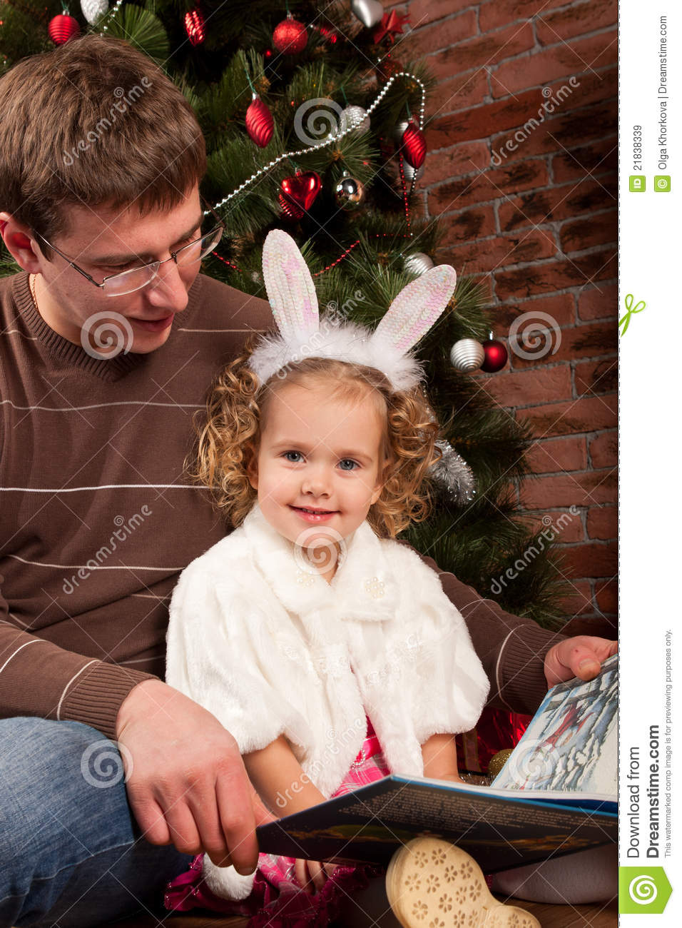 Little Girl With Her Dad Near Christmas Tree Stock Image ...