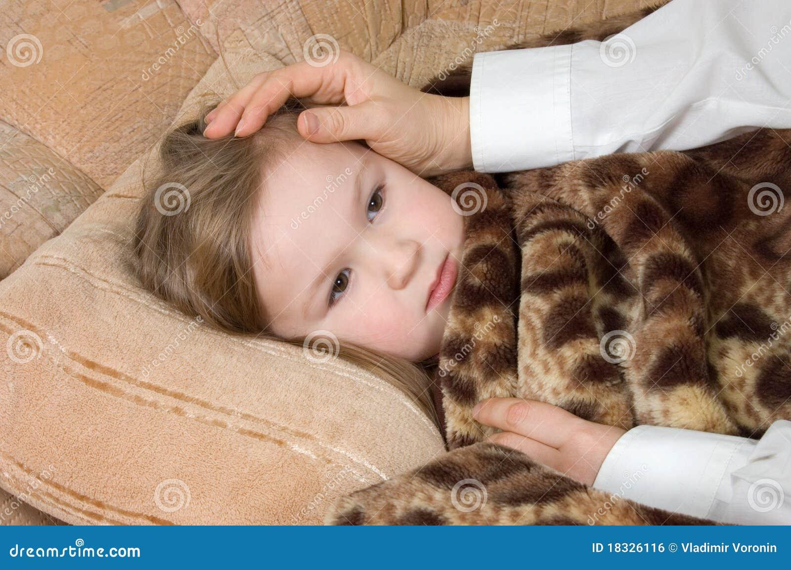Фото маленькая девочка в сперме фото 6 фотография
